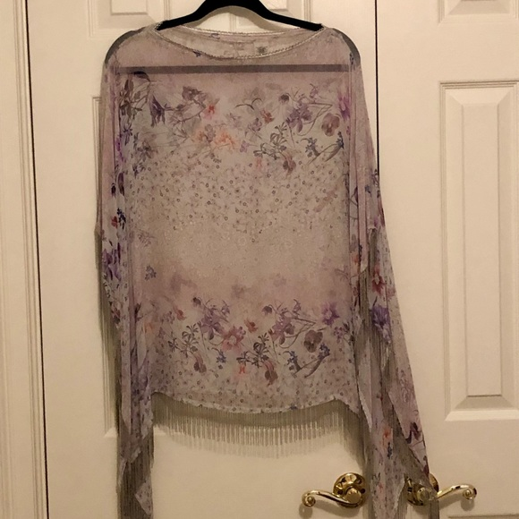 Elie Tahari Sweaters - Elie Tahari 100% silk poncho with beaded fringe